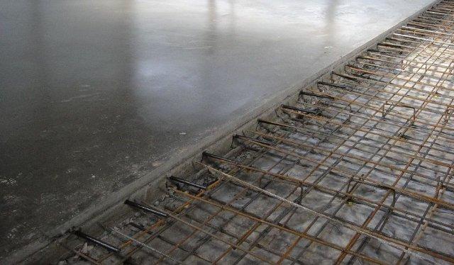 Устройство пола из стяжки по бетону
