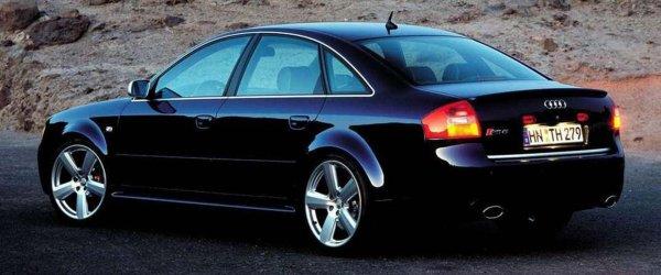 15-летний седан Audi RS6 продали на онлайн-аукционе за 36 000 долларов