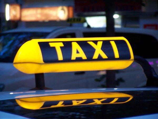 В Ростове обсуждают самого щедрого таксиста города