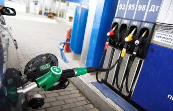 Росстандарт предложил штрафовать российские АЗС за недолив топлива