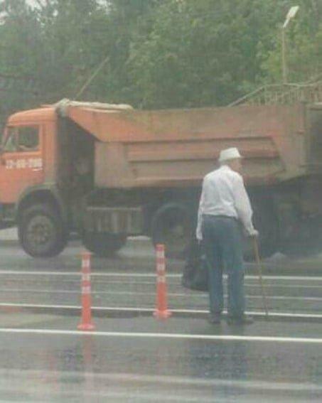 Ростовчане жалуются на опасный надземный переход