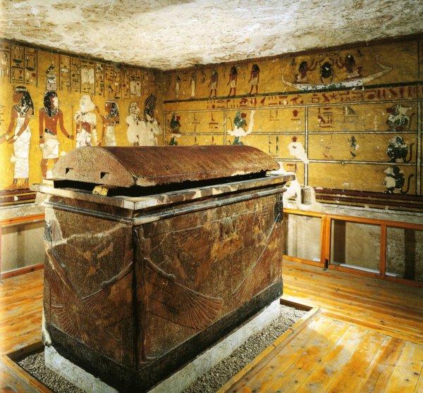 Археологи раскопали гробницы высокопоставленных вельмож