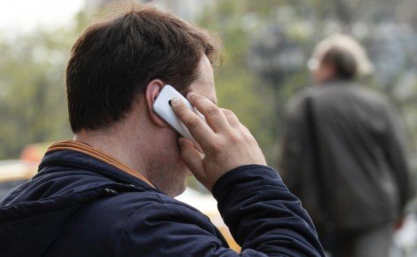 ФАС наложит штраф на мобильных операторов за цены на роуминг в России