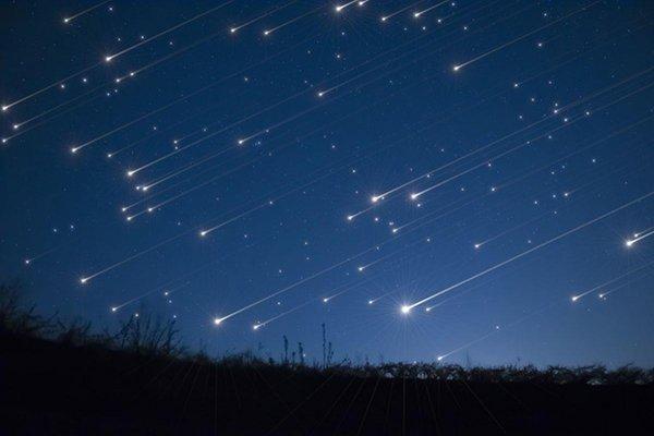 Жители Земли увидят самый яркий звездный дождь в ночь на понедельник
