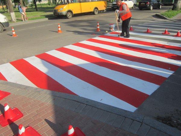 Рай для автохамов: В ЛНР фактически разрешили «давить» пешеходов на «зебрах»