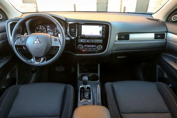 В Калуге запустили производство обновленного кроссовера Mitsubishi Outlander