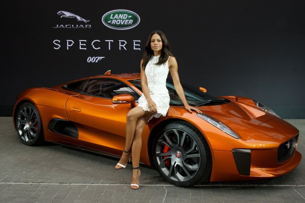 На торгах предложили суперкар Jaguar C-X75 из фильма о Джеймсе Бонде