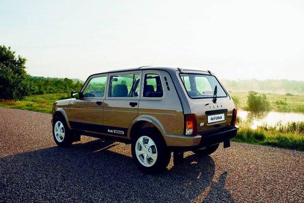 Автолюбитель рассказал, чем LADA 4X4 лучше советской «Нивы»