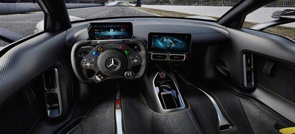 Гиперкар Mercedes-AMG Project One отправился на испытания
