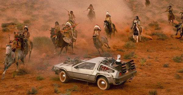 Победа «АвтоВАЗ»: Назван ТОП-5 известных споркаров, которые медленнее LADA Vesta Sport