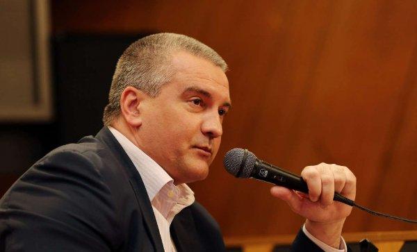 Аксенов: В Армянске при отравлении не идут в больницу