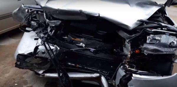 Реальный краш-тест: Владелец LADA Vesta SW показал свою машину после ДТП