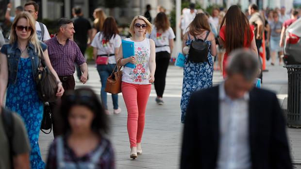 Почти половина россиян не верит в счастливое будущее