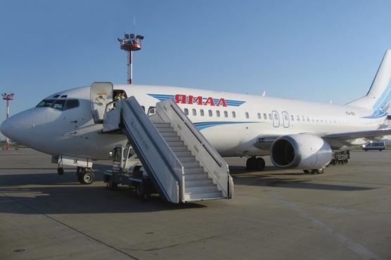 Из-за сигнала автоматики самолет Салехард - Надым был вынужден вернуться в аэропорт