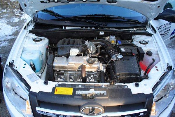 «Родные запчасти - в помойку»: О дефекте охлаждения мотора LADA Granta рассказал владелец