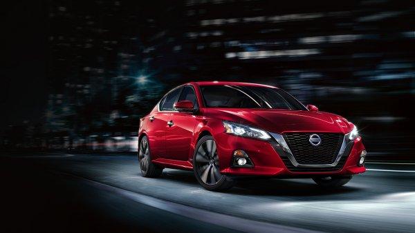 Nissan начал серийное производство седана Nissan Altima нового поколения