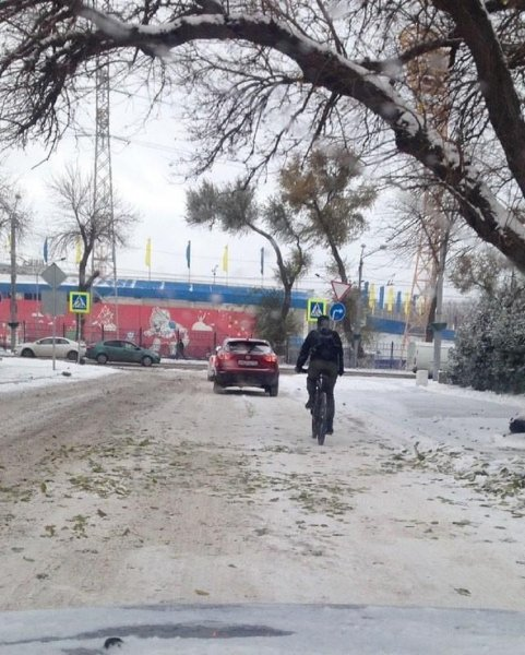 В Ростове таксисты утроили расценки на проезд из-за первого снега