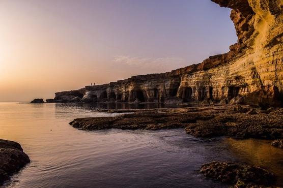 На побережье Кипра обнаружено тело 67-летней российской туристки