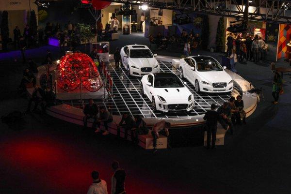Jaguar Land Rover не приедет на автосалон в Женеву