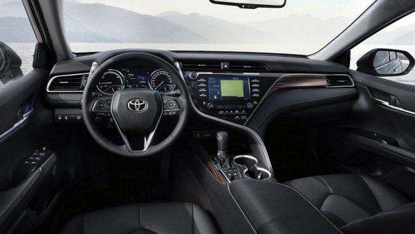 «Как угоняют Камри»: Эксперт протестировал «противоугонки» Toyota Camry