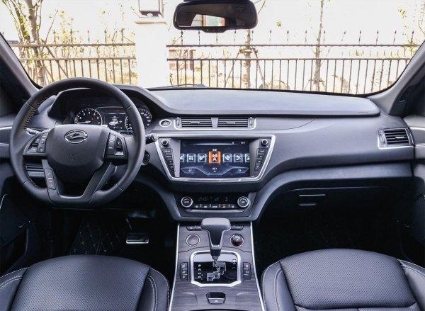 Китайский Range Rover за миллион рублей: О «плагиатном» Landwind X7 рассказал блогер