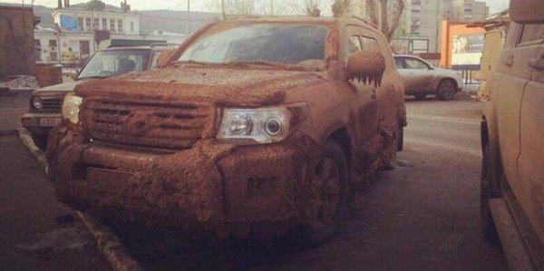 «Король бездорожья»: Как должен выглядеть настоящий Toyota Land Cruiser показали в сети