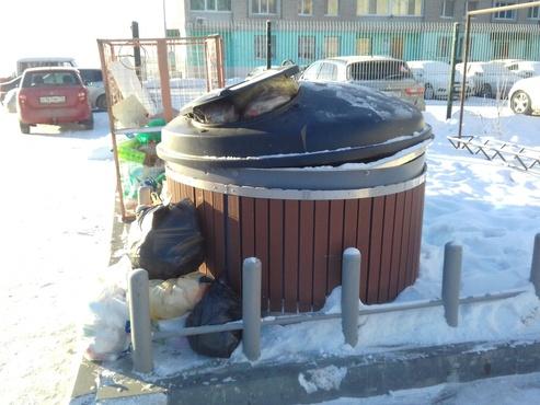 Осталось проверить: в новогодние праздники тюменцам обещают чаще вывозить мусор