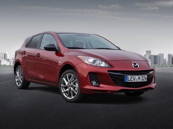 «Пацанская трёшка-матрёшка»: Всю правду о Mazda 3 рассказал блогер
