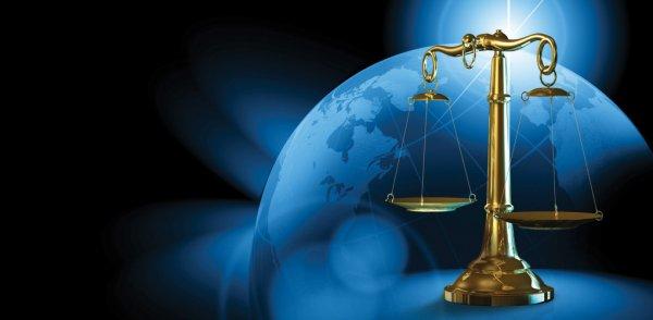 «Роскосмос» предлагает выпускать космических юристов