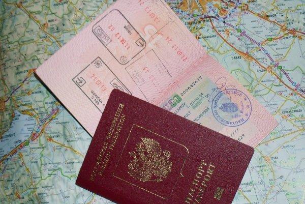Виза дешевле, туристов больше: россияне чаще будут ездить в США