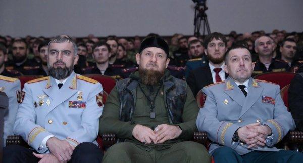 Праздник преданности Отечеству: Рамзан Кадыров поздравил сотрудников национальной гвардии