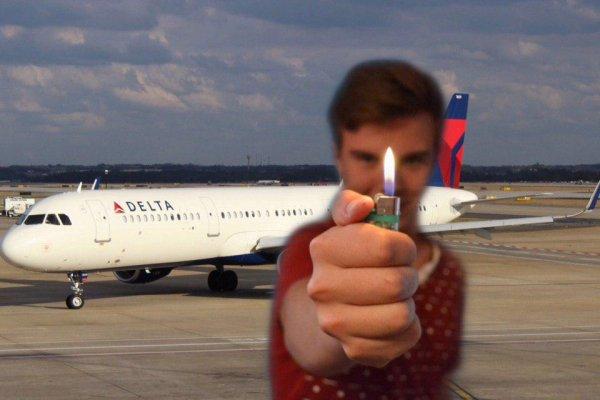 «Все русские - дебоширы»: Возгорание рейса в Анталию может привести к запрету зажигалок на самолётах