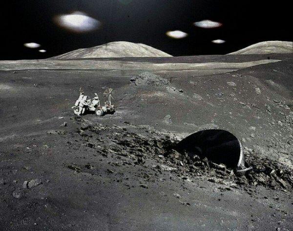 «Китайцы встретили рептилоидов!»: Их луноход мог найти «гостей с Нибиру» на обратной стороне Луны