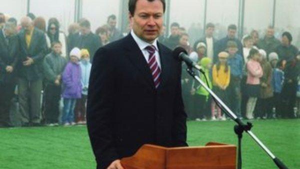 Почему спорт мёртв? Во Владивостоке незаконно построят 22-этажное здание, «наплевав» на местных детей