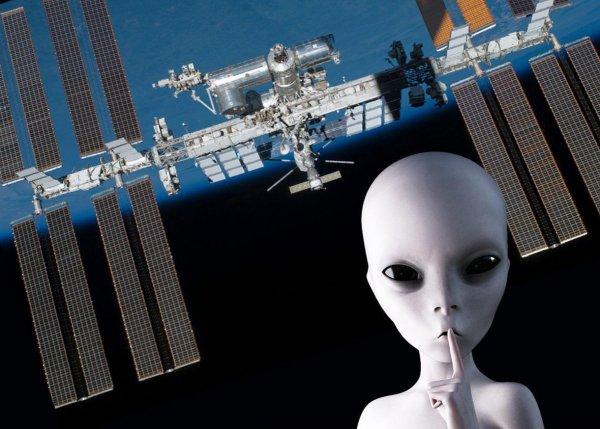 Инопланетяне мешают? На МКС проблемы с питанием