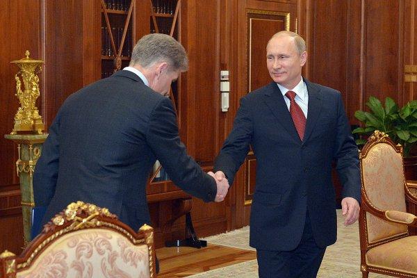 Администрация Приморья может украшать памятники и мемориалы ради заслуженной похвалы от Путина
