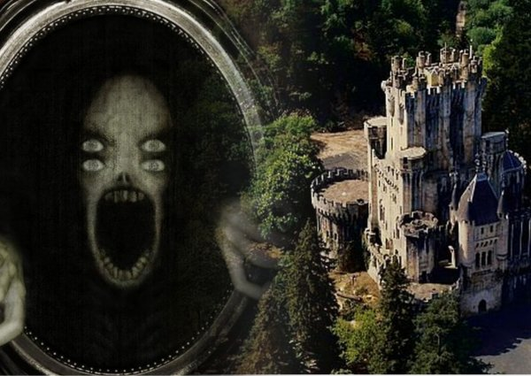 В ужасе заметают следы прошлого: Пришельцы рыщут по старинным зданиям - очевидцы