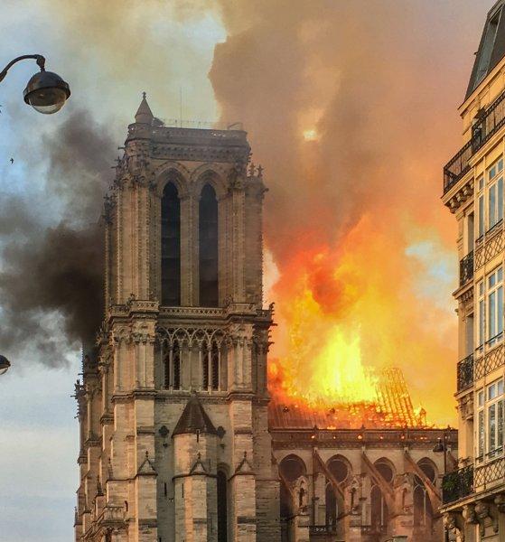 Астролог: Знаки предупреждали жителей Парижа о сильнейшем пожаре в Нотр-Дам-де-Пари