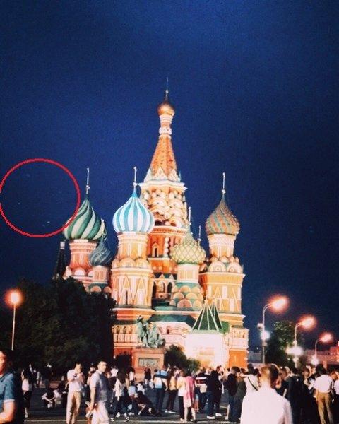 Пришельцы запустили дроны над Кремлем
