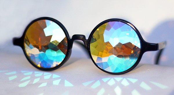 Очко глаз бережёт: 5 главных правил безопасных солнцезащитных очков