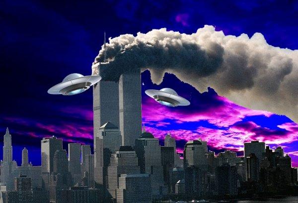 Тайна 11 сентября раскрыта: Над Нью-Йорком засекли два НЛО-потрошителя