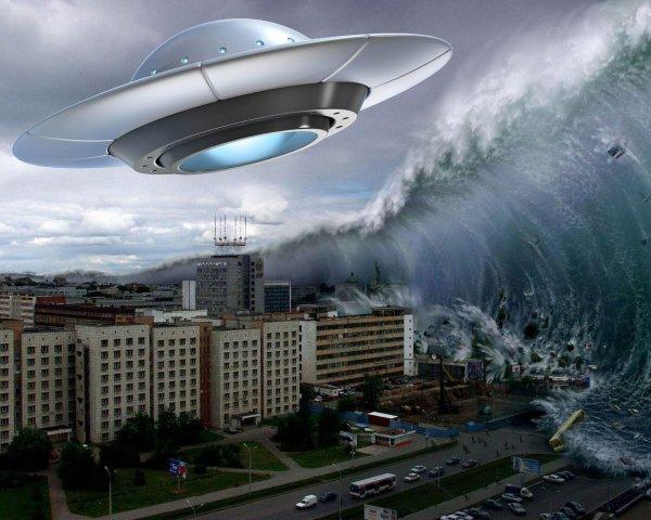 Техас смоет цунами: Военных США и НЛО засекли во время побега из штата