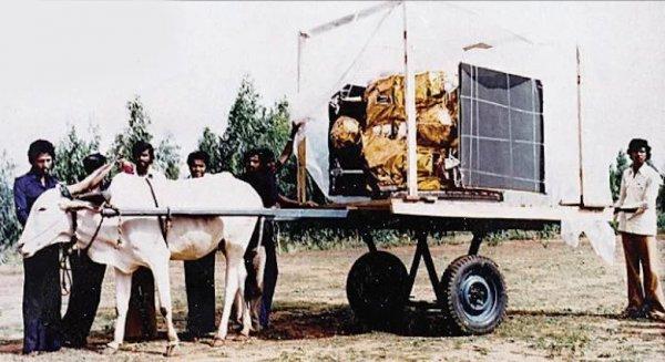 «Спёрли луноход!» Гуманоиды с Луны наглым образом ограбили индусов – эксперт