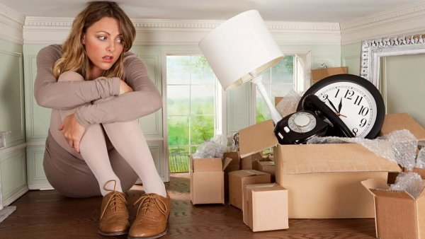Подарок бывшего убивает любовь: Эти 4 вещи в доме разрушат текущие отношения