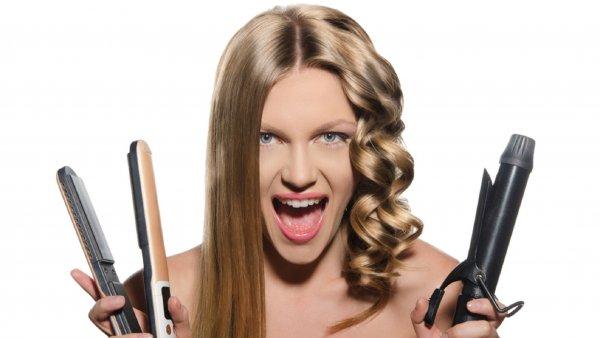 Опасность плойки: Утюжёк для волос ослабляет женскую энергетику
