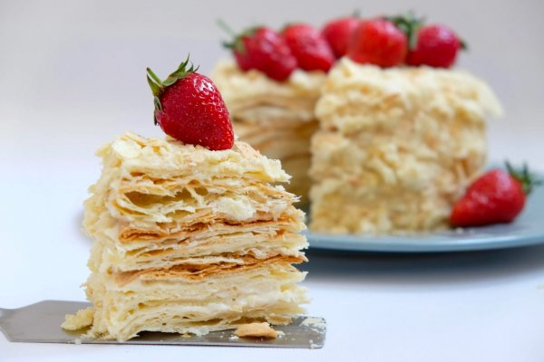 Торт «Наполеон» за 30 минут. Кондитер раскрыл рецепт торта без дрожжей
