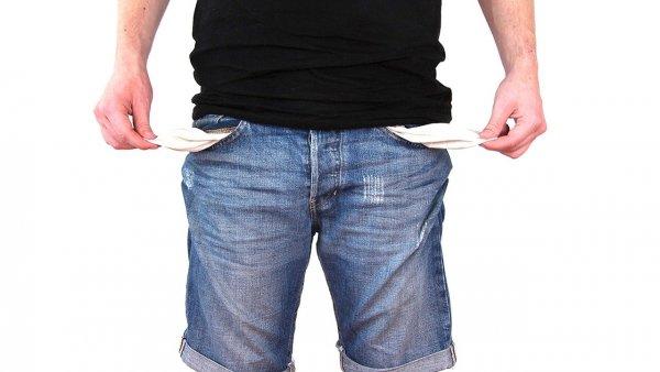Кредит только навредит: Павел Глоба рассказал, каким знакам в 2020 опасно брать в долг
