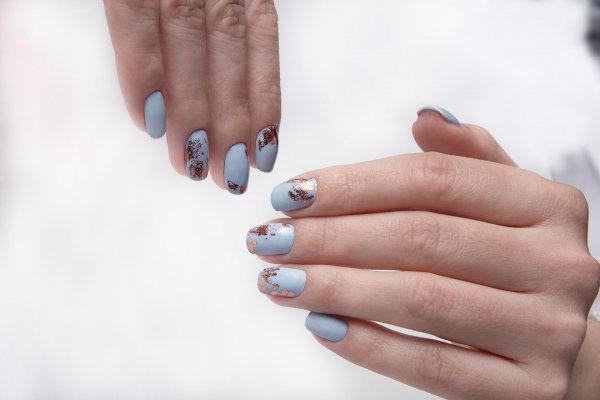 Счастье на ногтях: Какой маникюр в январе принесёт удачу на весь год