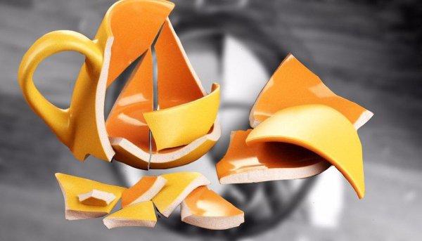 Чашки на счастье, а зеркало к горю? Разбитые вещи несут разные пророчества – Эзотерик