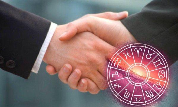 «Один звонок - и ты не одинок»: Астролог назвал знаки, которым необходимо наладить отношения с близкими